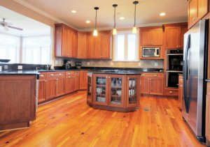 Getting Rid Of Tar From Your Hardwood Flooring